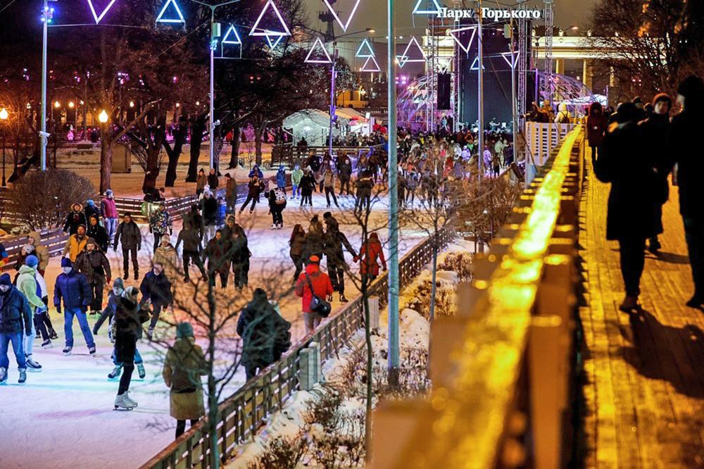 парк горького москва зимой назвать