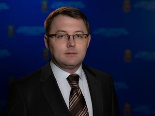 Максим  Сазонов